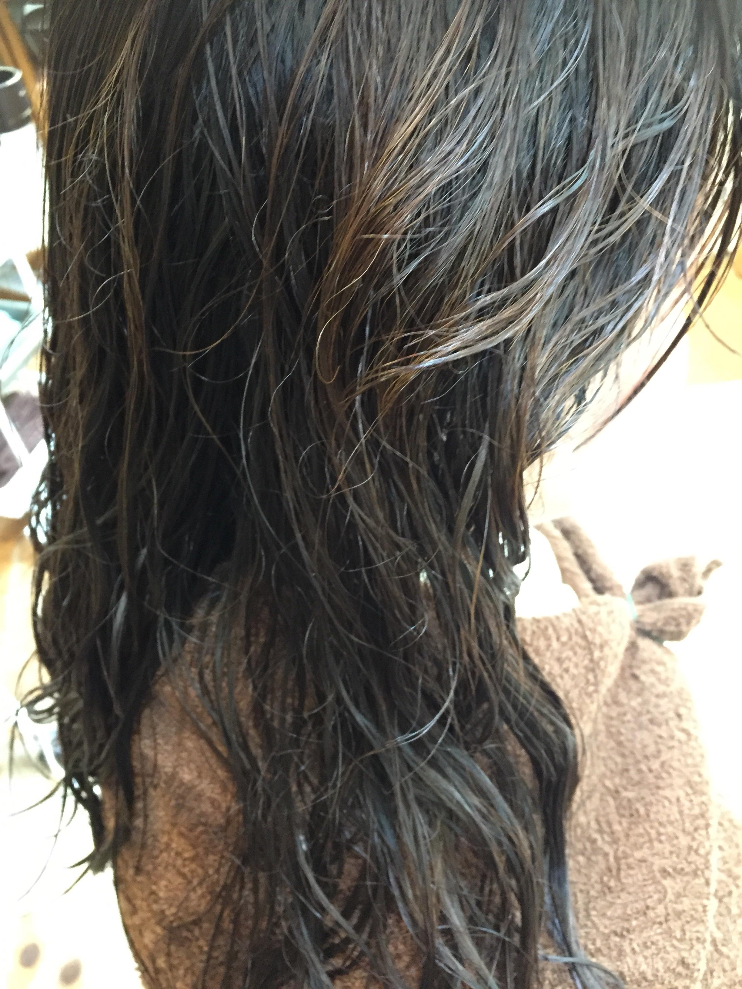 硬い髪のクセ
